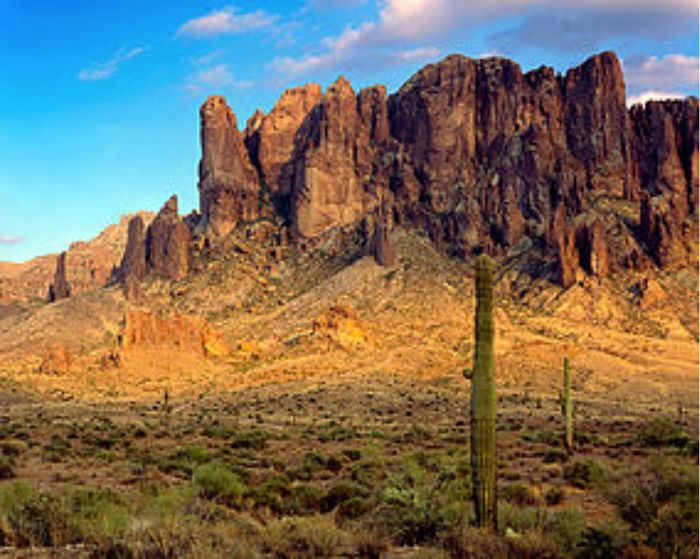 Photo of Superstition Mountains